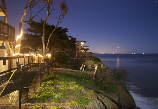 Isla Vista by night2