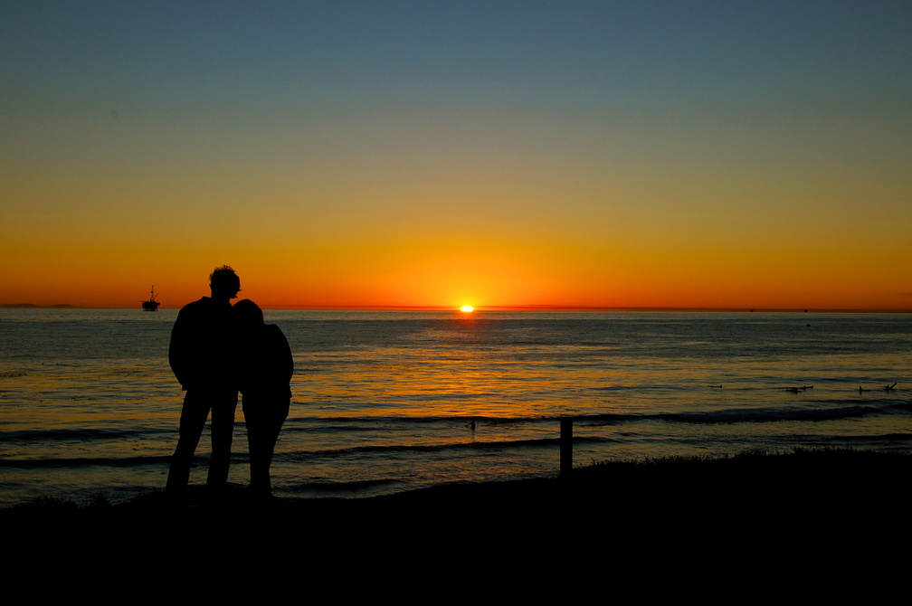 Sunset_Couple.jpg