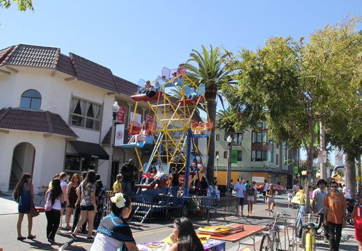Pardall Carnival 2013-2014-1