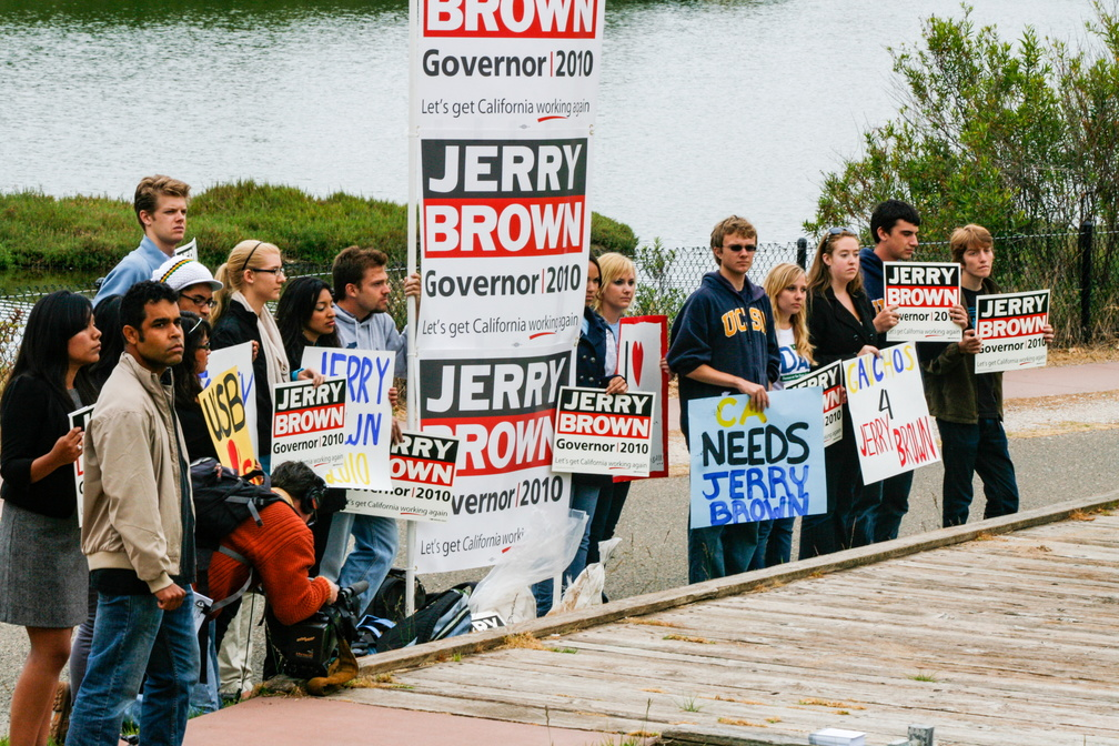 Jerry Brown Campaign Kickoff 2010-18.jpg