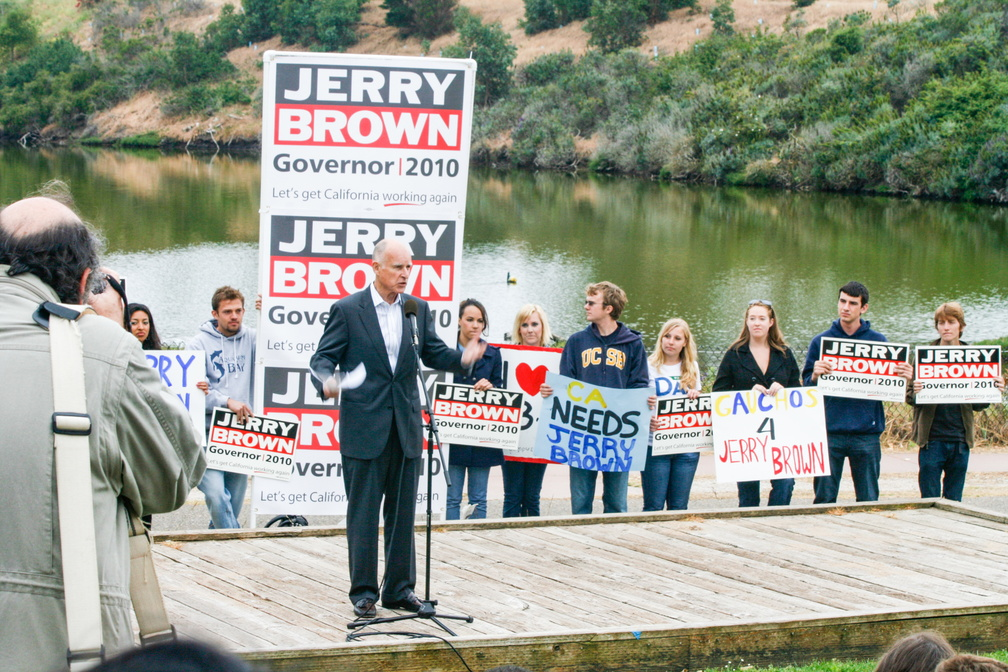 Jerry Brown Campaign Kickoff 2010-50.jpg