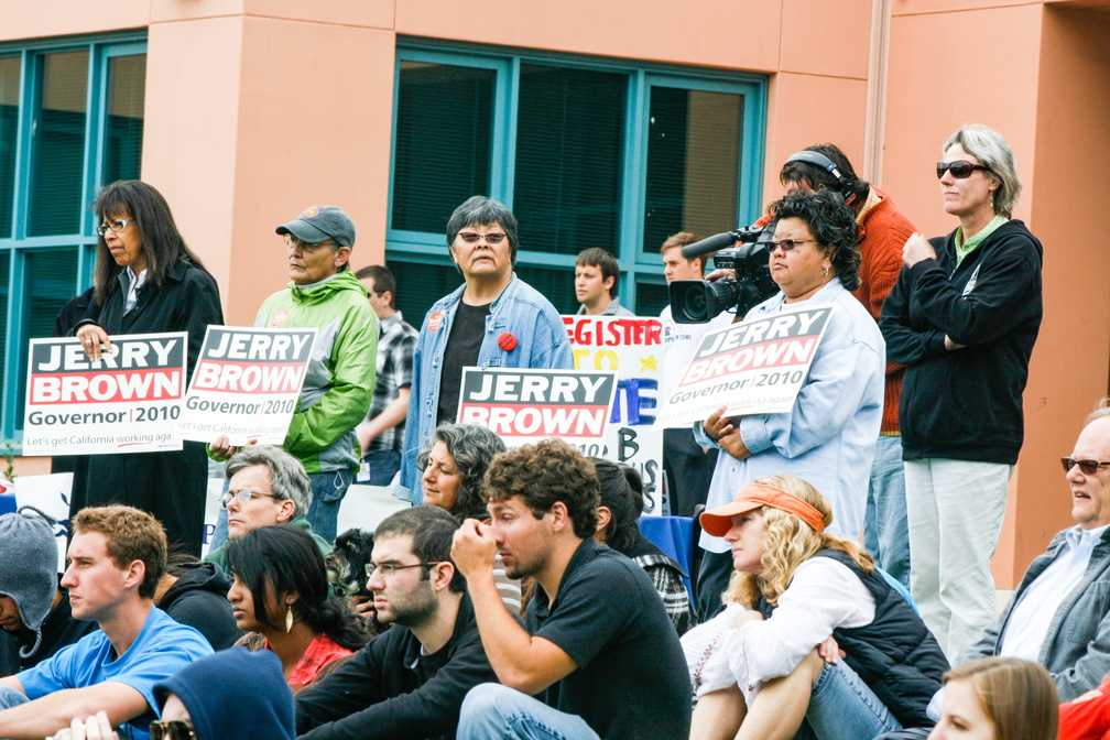 Jerry Brown Campaign Kickoff 2010-58.jpg